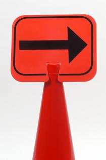 Traffic Cone Signs - RIGHT ARROW